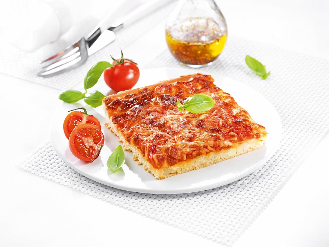http://www.guillaud-traiteur.com/wp-content/uploads/2012/07/Pizza-Mozzarella.jpg